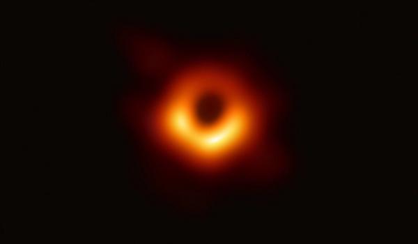 人类首次捕获黑洞真实影像 中国多位天文学家作出贡献